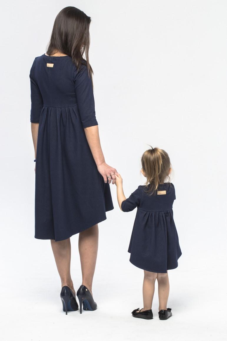 2Komplet sukienek dla mamy i córki z przedłużonym tyłem
