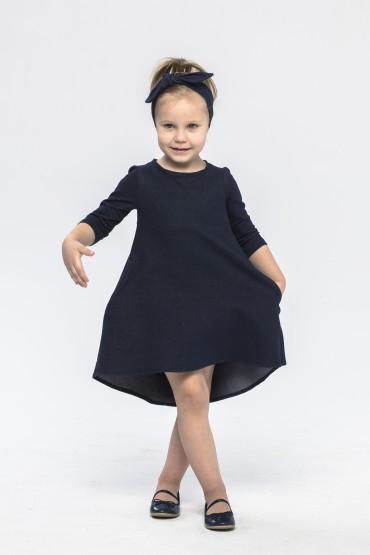 Granatowa sukienka z przedłużonym tyłem dla dziewczynki
