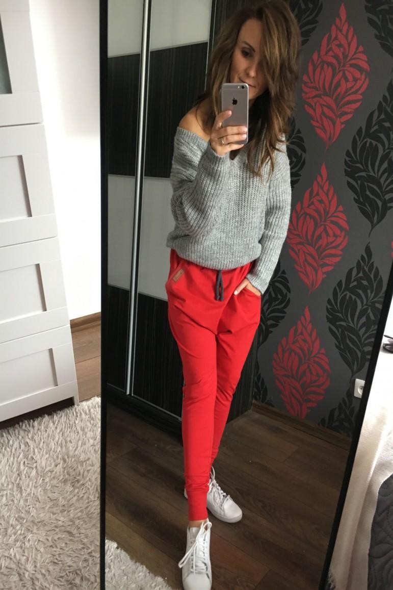 2Spodnie damskie typu baggy - Family in Red