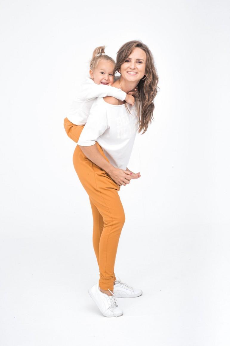2Spodnie dla mamy i córki/syna - Karmel