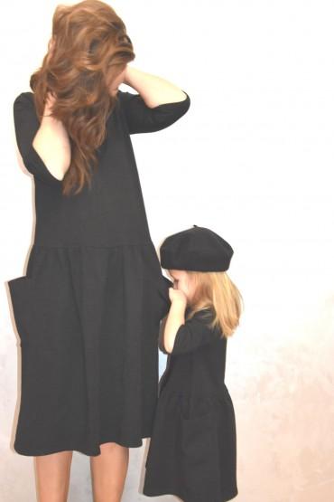 Takie same sukienki dla mamy i córki - klasyczna czerń i nowoczesne kieszenie