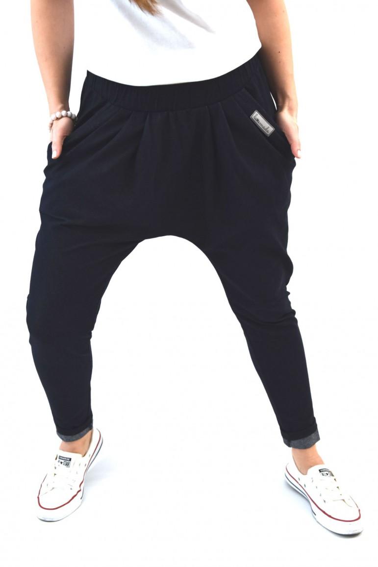 2Damskie spodnie baggy w sportowa eleganckim wydaniu - Dark Blue
