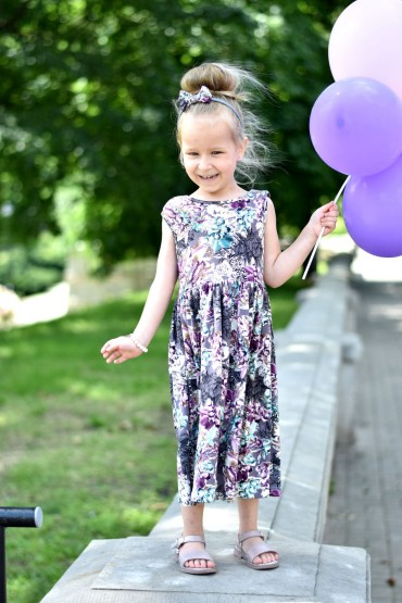 SUMMER FLORAL DRESS FOR GIRL WITH A NECKLINE AT THE BACK