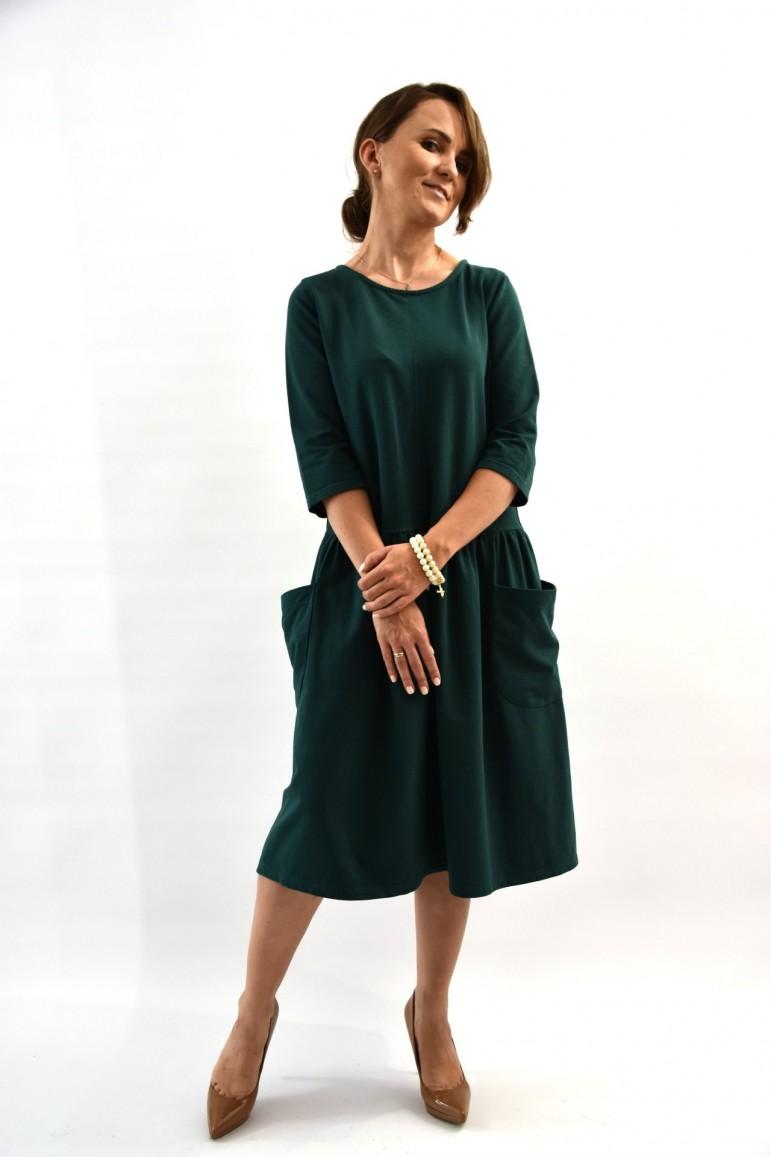 2Sukienka damska z dużymi kieszeniami - zielona