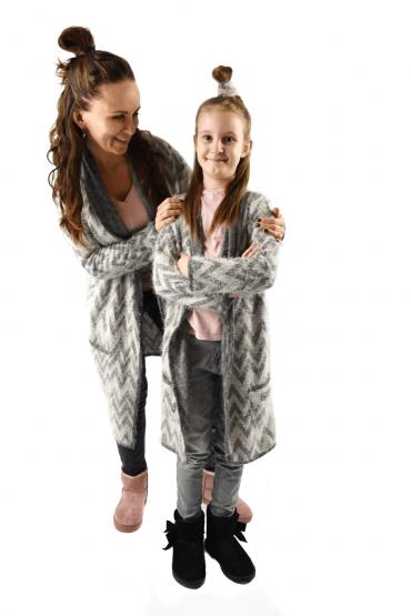 copy of Włochacze - długie swetry dla mamy i córki - szary z delikatnym różem