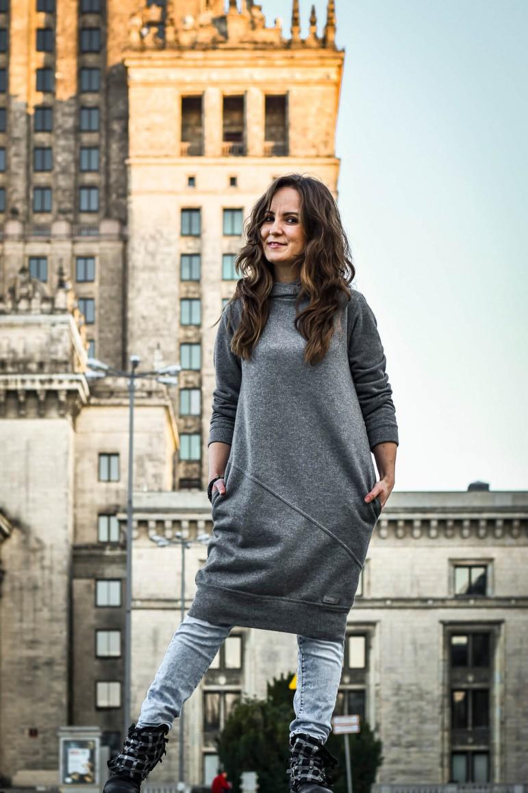 2Sport dress grey with a silver thread