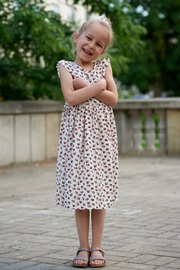copy of SUMMER FLORAL DRESS FOR GIRL WITH A NECKLINE AT THE BACK