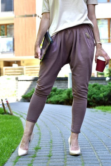 copy of Damskie spodnie baggy w sportowo - casualowym wydaniu
