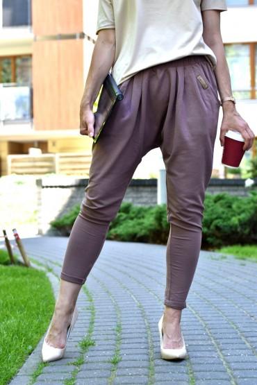 Dresowe spodnie damskie na wiele okazji