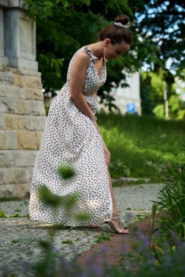 Sukienka maxi z wiązanymi ramiączkami - Berries