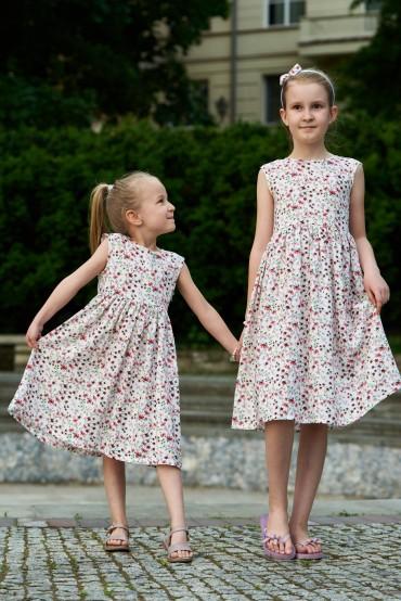 Zestaw sukienek dla siostrzyczek w kwiaty, z dekoltem na plecach - Power of flowers
