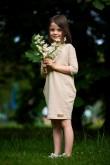 2Dresowa tuniko-sukienka dla dziewczynki beżowa w kropki