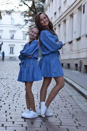 Komplet luźnych sukienek z falbaną dla mamy i córki - niebieski kolor