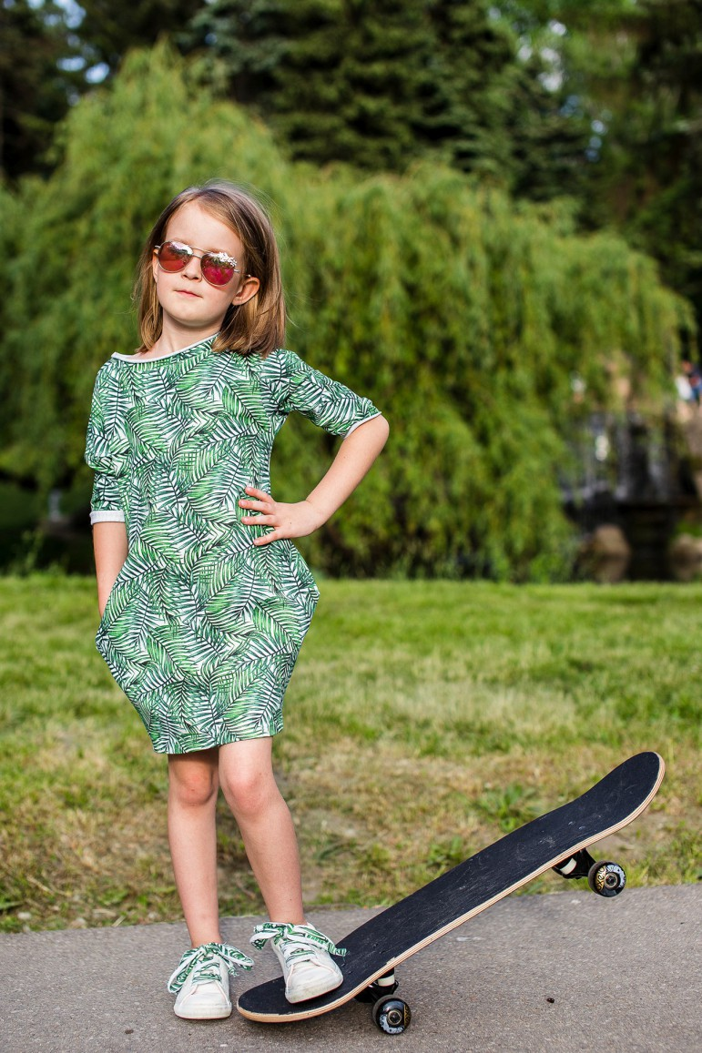 2Children's tunic dress with pockets