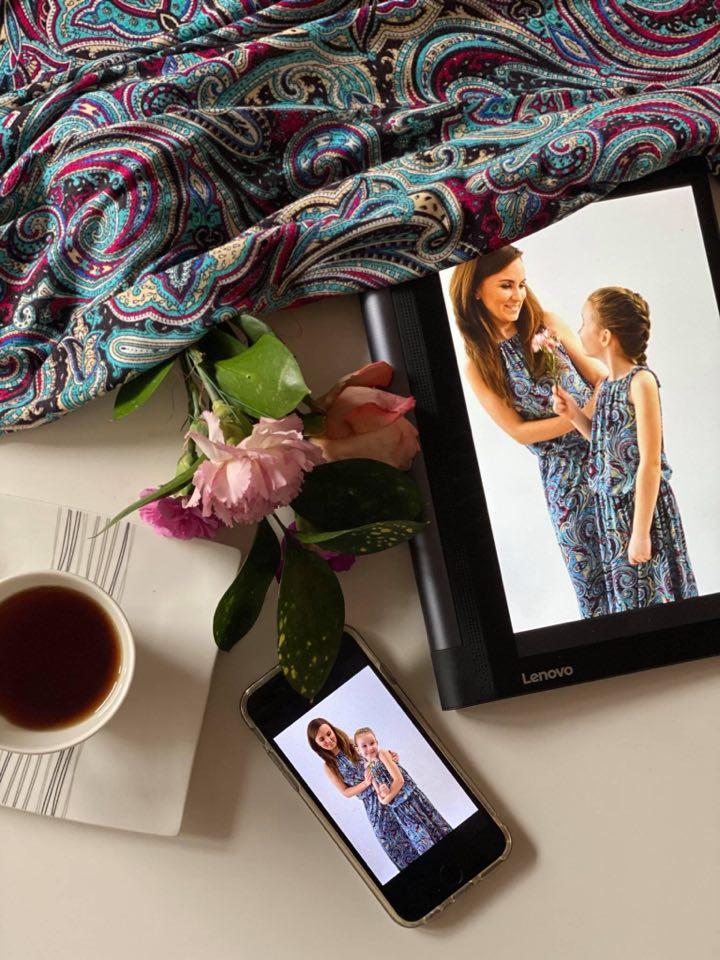 Najlepszy prezent na Dzień Mamy – to wspólne chwile, wspólna rozmowa, spędzenie czasu i… wspólna stylizacja